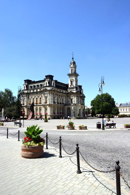 an overview of nowy sacz a polish city Home tourist attractions other tourist attractions nowy sącz - old city nowy sącz - old city  i agree to receive tourist information newsletters from the polish .